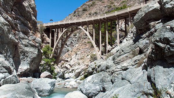 bungee america &quot-bridge to nowhere&quot- DJI Phantome - YouTube